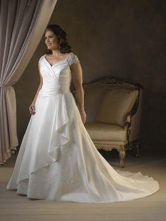 Wholesale Cheap Customer-Made Plus Size Straps V-Neck Applique Satin Chapel Train Wedding Dress for Brides