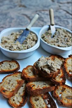 Easy and cheap to make! Sardine and mackerel rillettes using canned fish.