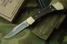 Knife Pic of the Day: Buck 110 Swiss Army Pocket Knife, Best Pocket Knife, Camping Essentials, Camping Gear, Buck 110, Packers, Knife Stand, Tactical Pocket Knife, Engraved Pocket Knives