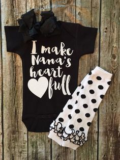 I Make Nana's Heart Full Baby Girl Onesie - BellaPiccoli Take Home Outfit, Future Baby, Future Daughter, Baby Outfits, Toddler Outfits, Baby Girl Onesie, My Baby Girl, Baby Things, Girl Things