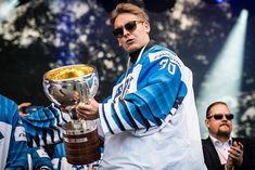 Kevin Lankinen Hockey Stuff, Ice Hockey, Dream Big, Nhl, Captain America, Dreaming Of You, Thankful, Dreams, Superhero