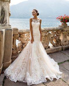 Meringue dress Amalia, dream your big dreams with MillaNova