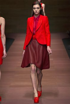 http://images.vogue.it/imgs/sfilate/collezioni-primavera-estate-2013/carven/collezione/HQ/carven_026.jpg