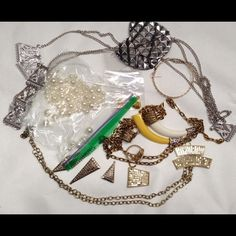 Broken jewelry lot for crafters! Imagine the possibilities!:) Jewelry