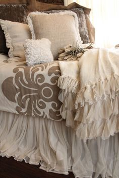 Bedroom colors - brown and ivory -- bedskirt Bedroom Colors, Home Decor Bedroom, Bedroom Ideas, Master Bedroom, Ivory Bedroom, Bedroom Bed, Dreams Beds, Beautiful Bedrooms, Beautiful Beds