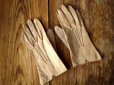 Vintage 1960s Leather Gloves Deer Skin 2013584 by bycinbyhand, $34.00