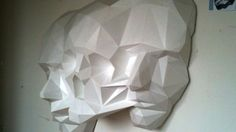 Paper sculpture by David Mesguich and Valentin Van der Meulen Angular Face, Sculpture Art, Sculptures, Simple Skull, Creators Project, 3d Puzzles, Art Of Living, French Artists, Paint Designs