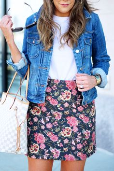 this floral skirt is perfect for spring and 40% off!!!!