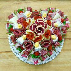 Slaný dort srdce pro Vaše, maminky, manželky, dcery, sestry, babičky, tety, milenky, přítelkyně, ale i pro svého oblíbeného muže. www.cukrovi-kuncovi.cz