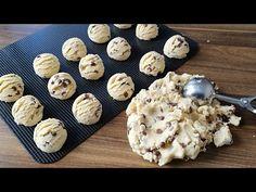ÇAY DEMLENENE KADAR HAZIR...DENENME REKORLARI KIRAN DAMLA ÇİKOLATALI KURABİYE TARİFİ... - YouTube Dessert Blog, Nom Nom, Stuffed Mushrooms, Food And Drink, Make It Yourself, Breakfast, Desserts, Recipes, Sweets