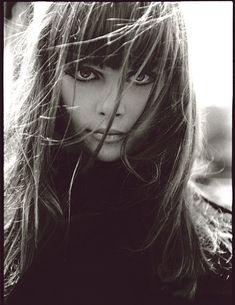 Juan Gatti - Vogue Espana Un Trench Llamado Deseo