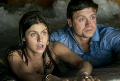 Blake (Alexandra Daddario), and Ben (Hugo Johnstone Burt) in the 2015 film San Andreas.
