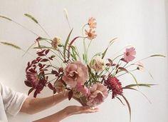 Ikebana style. Simplicity.