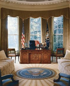 #48. Go in the Oval Office and see if there really is a big red button that launches missiles
