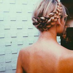 Foto: @braidsforgirls, http://costume.no/har/17-mai-frisyrene-du-ma-ove-deg-pa
