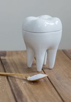 Satisfy your sweet tooth with this dentist-approved porcelain sugar bowl!