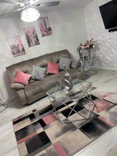 Cute Living Room, Living Room Decor Colors, Decor Home Living Room, Glam Living Room, Cute Room Decor, Girl Apartment Decor, First Apartment Decorating, Apartment Ideas, Room Design Bedroom