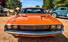 1970 Dodge Challenger R/T http://www.musclecardefinition.com/