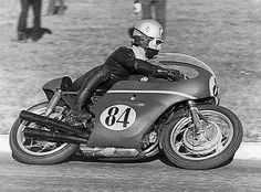 Renzo Pasolini for the first time riding a Benelli 500/4 in 1966.