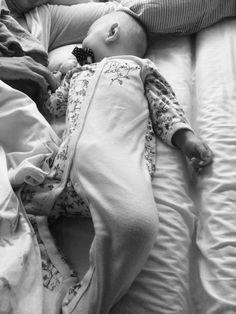 Vauvamatkalla: Karhunpoika sairastaa...