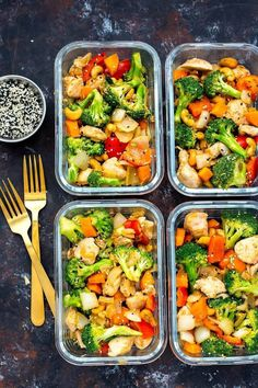 Cashew Chicken Meal Prep Bowls 2019 We like saucy stuff and this one didnt have enough for us. We will try to make again with more sauce. But other than that it was delicious. The post Cashew Chicken Meal Prep Bowls 2019 appeared first on Lunch Diy. Healthy Dinner Recipes For Weight Loss, Healthy Snacks, Healthy Eating, Healthy Recipes, Dinner Healthy, Fast Healthy Meals, Healthy Meal Prep Lunches, Easy Recipes, Health Meal Prep