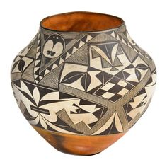 Native American Acoma Pot  New Mexico, USA.  c. 1900.  A finely done black and white geometric decorated pot with red clay base.