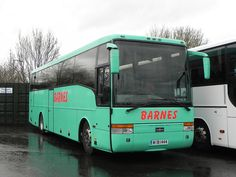 Barnes Coaches, Swindon  Volvo B10M-62/VanHool Alizee T9  WIB 1444  Wellington, Moseley in the South  Saturday 9th February 2013    Originally registered WJ02KDO.  Currently awaiting sale.     http://www.azoda.vn/