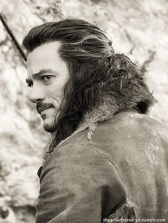 Luke Evans as Bard in The Hobbit: Desolation of Smaug and The Battle of the Five Armies - inspiration for Baern and his family