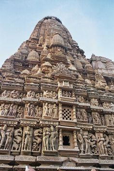 """Khajuraho has the largest group of medieval Hindu and Jain temples, famous for their erotic sculpture. The Khajuraho group of monuments has been listed as a UNESCO World Heritage Site, and is considered to be one of the """"seven wonders"""" of India. Temple Architecture, Indian Architecture, Ancient Architecture, Khajuraho Temple, Jain Temple, Indian Temple, Hampi, History Of India, Ancient History"""