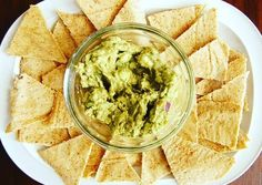 If you could make your own chips at home what would you make? There are hundreds of options. And the good thing about it is you're sure that no excess salt or msg in them. That's fun and safe. Homemade Paleo Tortilla Chips. Recipes at www.bakeitfun.com Good day friends! #tortillas #homemade #natural #ola #food #foodporn #yum #instafood #TagsForLikes #yummy #amazing #instagood #photooftheday #sweet #dinner #lunch #breakfast #fresh #tasty #food #delish #delicious #eating #foodpic #foodpics…