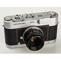 leicacraft: Incredibly rare half frame Leica via Canon Kamera, Leica M, Digital Camera Lens, Camera Nikon, Camera Gear, Nikon D700, Old Cameras, Vintage Cameras, Products