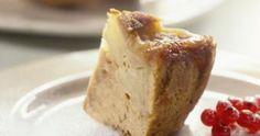 Appelcake met speculoos  4 appelen (eender welke soort eetappel) 60 g gesmolten boter 2 eieren 60 g suiker 60 g zelfrijzende bloem 100 g Lotus Speculoos Crumble   Voor de karamel:  100 g suiker 2 el water