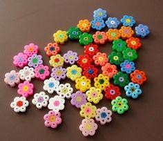 Perles en forme de fleurs multicolores Hama : Perles en Plastique par la-boutique-de-clemence