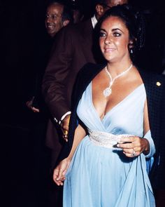 Elizabeth Taylor Busty Candid Image Late 70'S 8x10 Photo (20x25 cm approx)