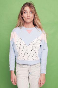 Wilder Shores est une marque espagnole lancée par Laura Vaquero en 2013. La créatrice propose cette saison une collection de 13 sweatshirts ...