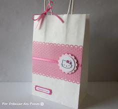8 Hello Kitty Favor Bags Birthday Party by PorDebaixoDosPanos, $10.40