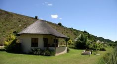 A free South African BnB listing service. Advertise your BnB with us for free as long as you have a valid BnB Sure Policy. South African Holidays, Small Cottage Plans, Green Basket, Independent House, Home Projects, Gazebo, Outdoor Structures, House Styles, Cottages