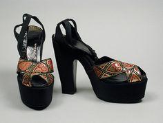 1949, America - Pair of Woman's Sandals by David Evins - Silk bengaline, metallic brocade ribbon, leather