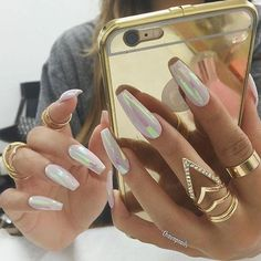 #Nail | #Inspo | #White | #Gold | ✨✨✨✨