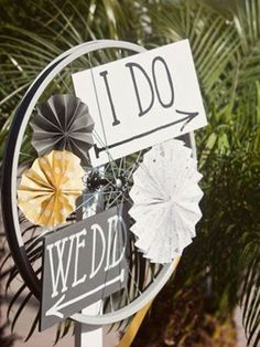 How To Incorporate Bicycles Into Your Wedding Decor: 25 Ideas ...