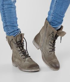 92d60068e6fae2 Roan Affair Combat Boot - Women s Shoes in Tan Suede
