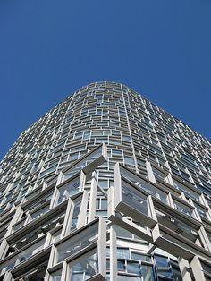 5673e7665d8f85 Jean Nouvel 100 11th Avenue Facade