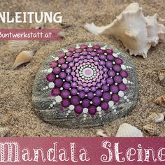 Mandala Steine Galerie mit vielen bunt bemalten Steinen und Ideen & Tipps zum selber Malen. Die gepunkteten Muster haben eine echte Trendwelle ausgelöst