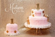 "A first birthday cake for a ""Twinkle Twinkle Little Star"" theme!"