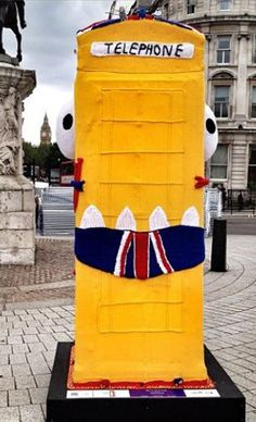 I took part in the BT Artbox Project by making the world's only knitted Phone Box Beast. My BT ArtBox was on show on the Trafalgar Square roundabout from June to July where … Trafalgar Square, Unusual Art, Yarn Bombing, Guerrilla, Box Art, Art History, Graffiti, Street Art, Around The Worlds