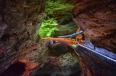Dwidaya Tour | Agent Tour and Travel, Reservation Hotel | Menjelajah ZhangJiaJie, Pegunungan Avatar di Negeri China Zhangjiajie, Avatar, Boat, Tours, China, Mountains, Caves, Google Search, Dinghy