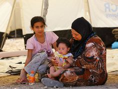"""Israel News   Tens of Thousands Fled ISIS in Iraq: """"50,000 Will Die If Not Rescued"""" - JerusalemOnline"""