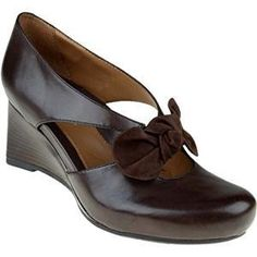 2 Earthies's Bark Leather Bristol for Women Comfortable Dress Shoes, Shoe Collection, Your Shoes, Bristol, Fashion Shoes, Loafers, Stylish, Lady, Womens Fashion