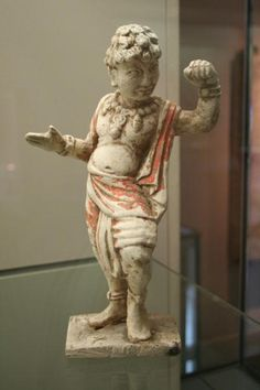 Foreign Dancer (Huren wu yong). Terra Cotta with traces of polychromy. Tang Dynasty (618 – 907). Cernuschi Museum, Paris