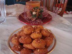 Η  μαμά Χρύσα  προτείνει  Αφράτα Μελομακάρονα με σιμιγδάλι                                                           ...